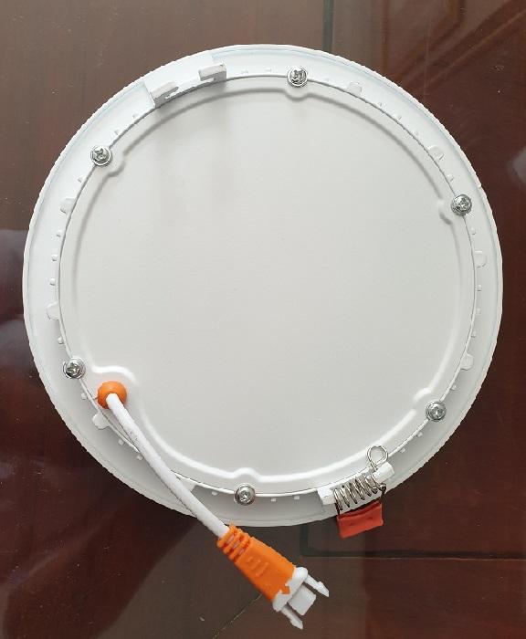 Đèn led Downlight âm trần màu trắng viền phẳng 5W